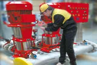 Обслуживание внутреннего противопожарного водопровода